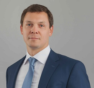 """Глава Samsung Mobile в России Аркадий Граф рассказал о """"конфликте"""" вокруг поставок смартфонов в розничные сети."""