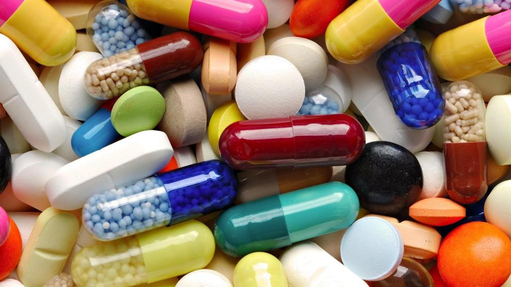 Россияне покупают лекарства только при крайней необходимости