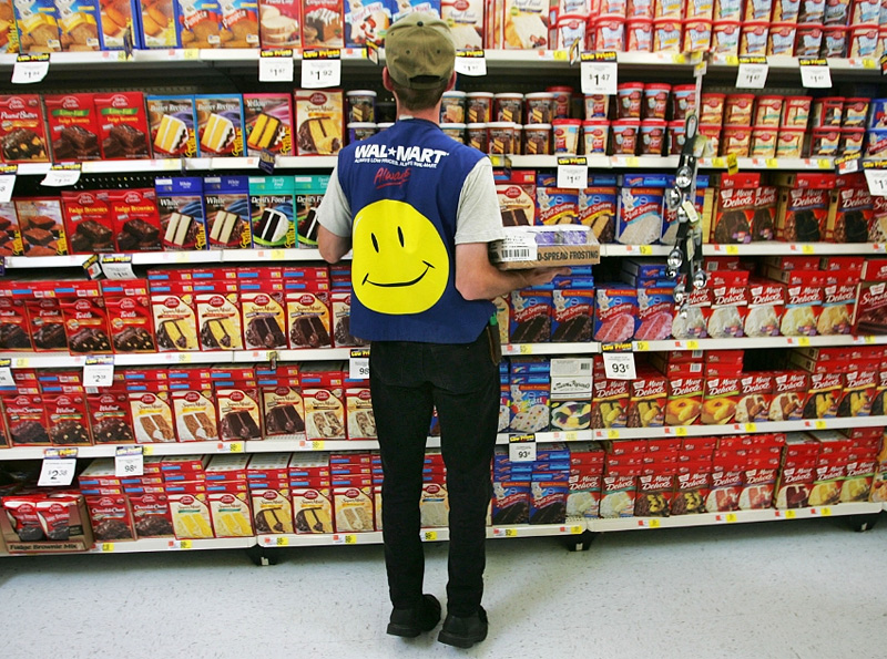 Wal-Mart-Fires-Employee-of-18-Years-for-Not-Turning-in-Cash-Quick-Enough.jpg