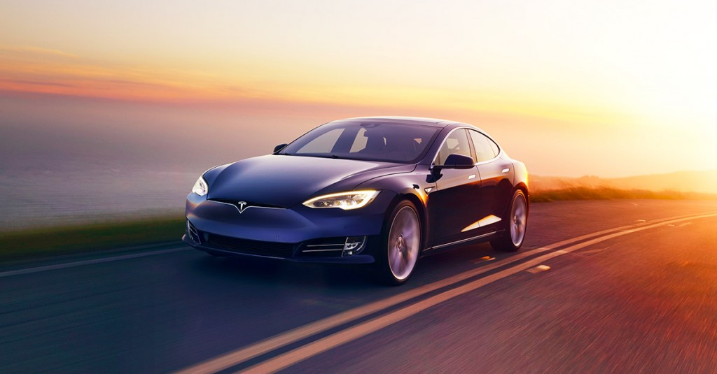 Tesla изменит интерьеры своих электрокаров — Новости