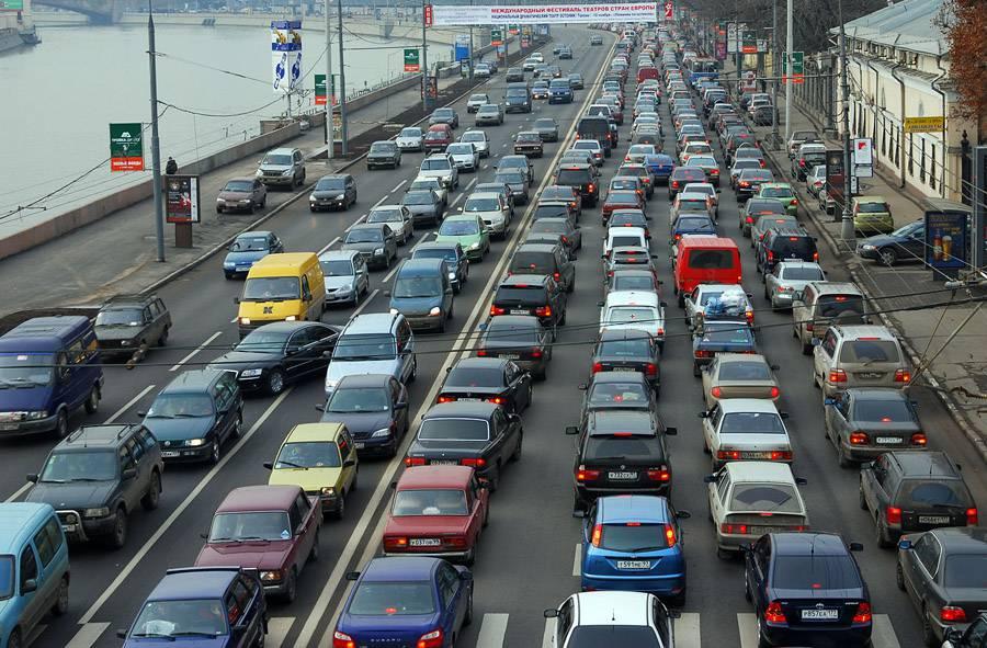 Русские автомобили могут снабдить «черными ящиками»