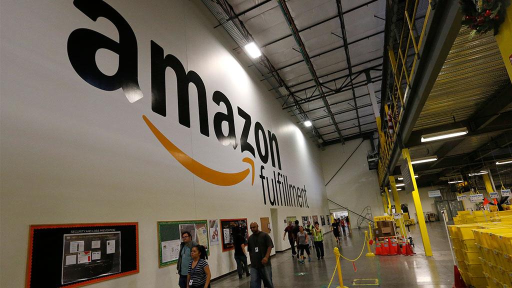 Amazon начала менять управляющий персонал нароботов