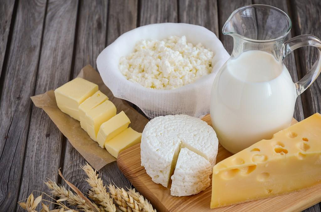 Маркировка молочной продукции срастительными жирами начнется летом 2018г.