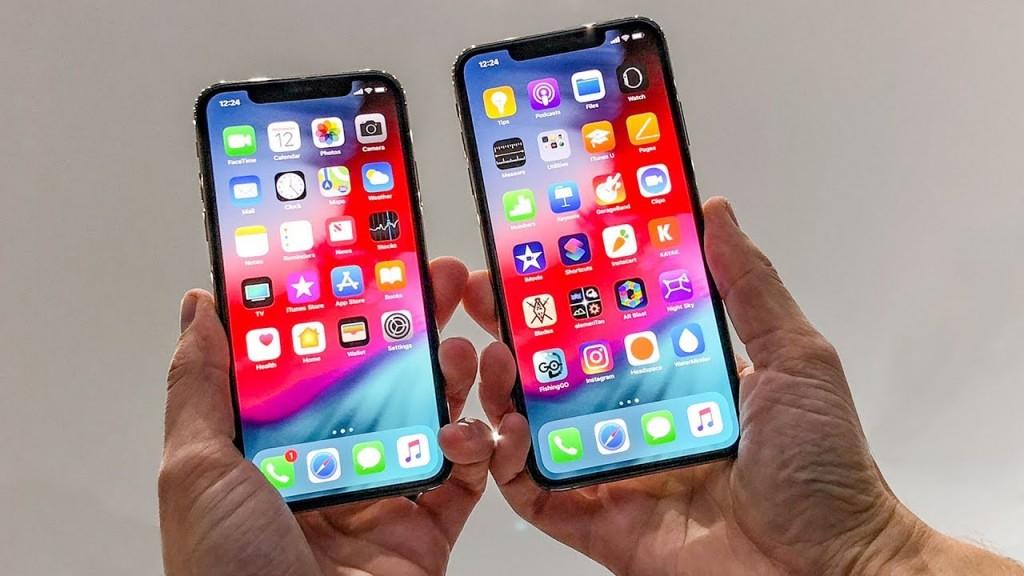 6137a2311e1 Связной открывает продажи новых iPhone с 28 сентября ...