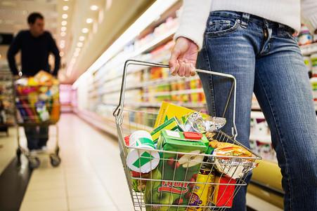 Жители России подчеркнули замедление поднятия цен напродукты