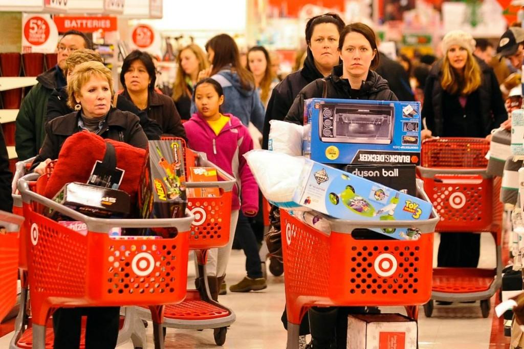 Жители Америки потратили вовремя Черной пятницы рекордные 7,9 млрд долларов США