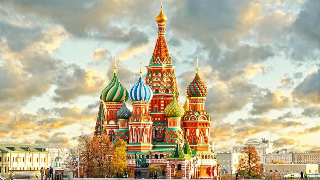 Ответ на вопрос нашли в Mastercard. Оказалось что Москва вошла в топ-10 европейских городов с самой быстро растущей популярностью