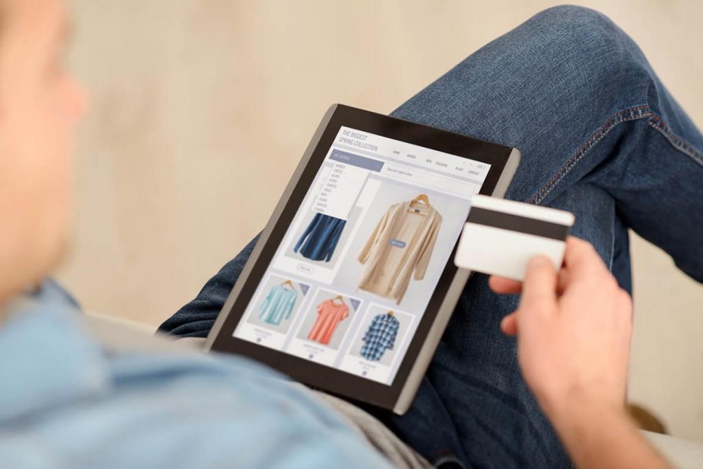 a30a96259 Ozon ждет десятикратный рост продаж одежды и обуви в ближайшие годы ...