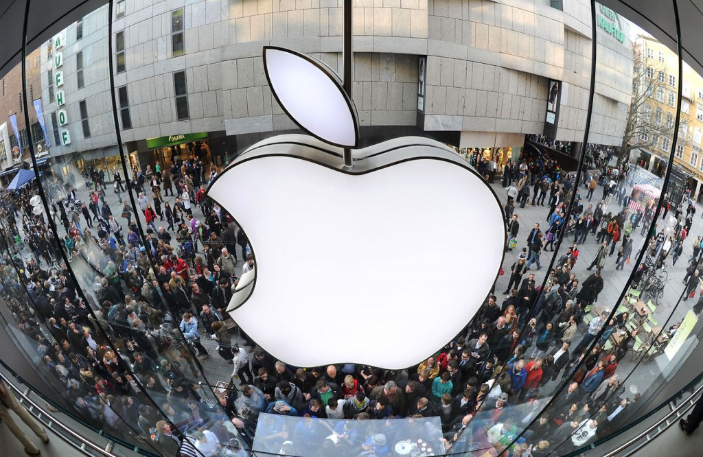 Холдинг Уоррена Баффета купил еще 75 млн акций Apple